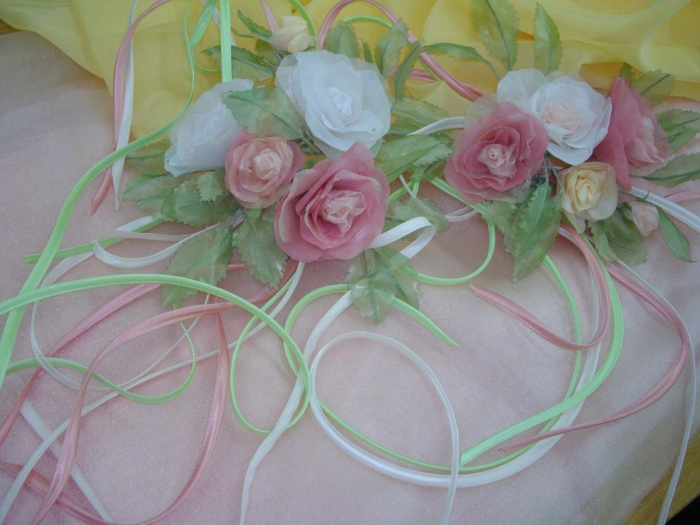 Цветы к шторам